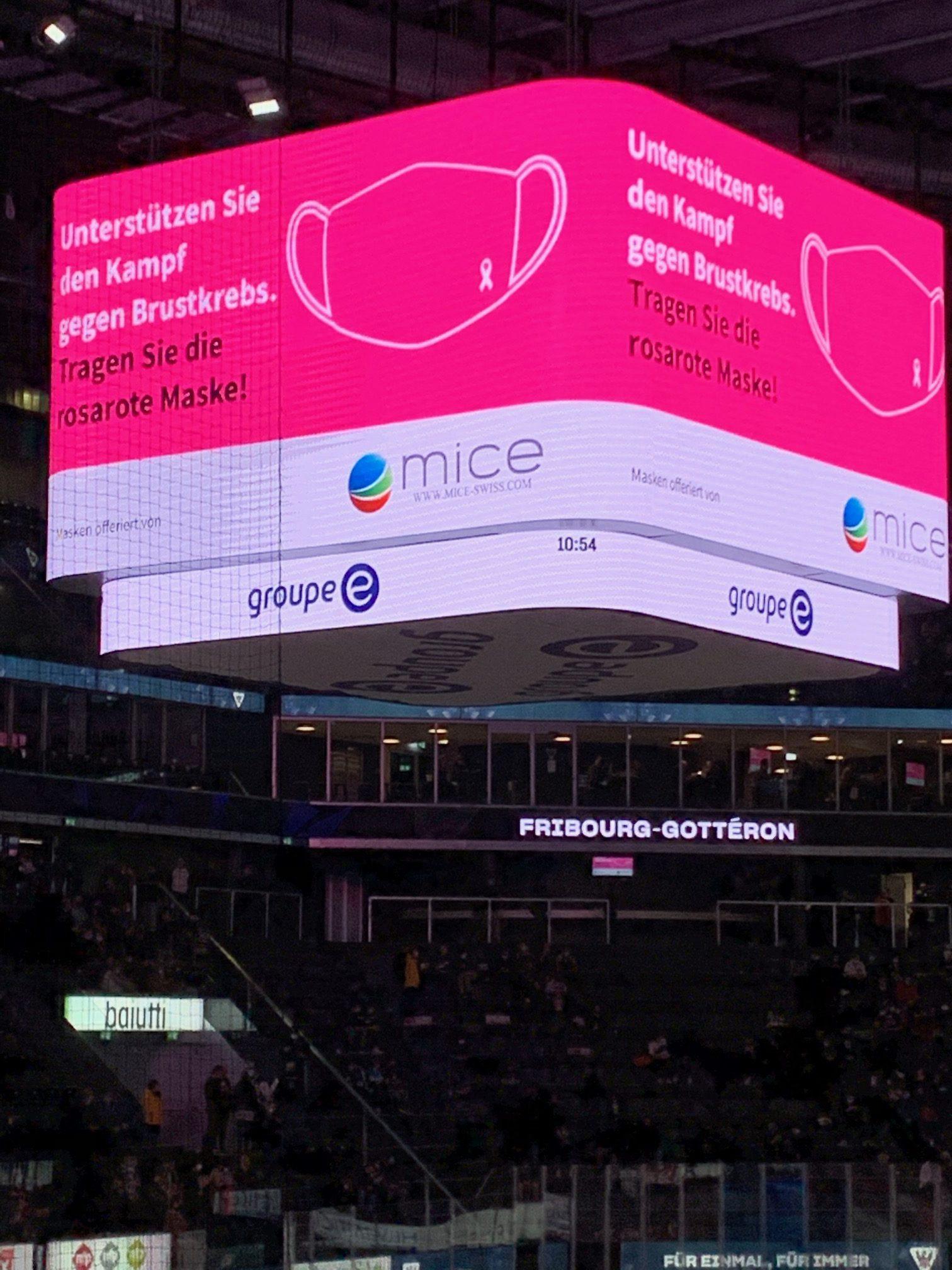 Soirée de lancement de l'opération Masques roses à la BCF Arena